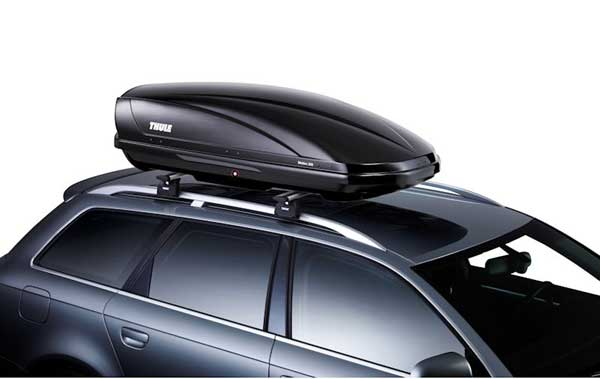 thule-motion-200-on-the-car