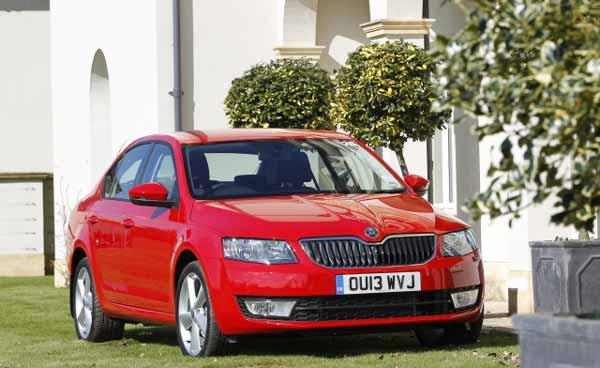 The new model is 90 mm longer and 45 mm wider than the second-generation Octavia