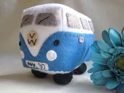 blue-camper