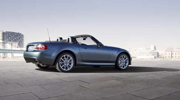 Mazda_MX-5_Facelift_2012_st